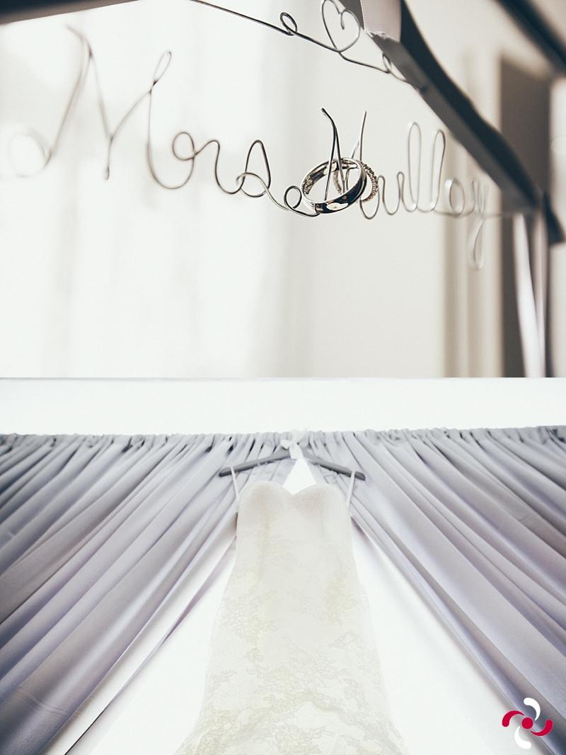 {Caroline+Sean: Champagne Supernova}